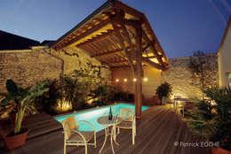 Architecture maisons: Piscine de style de style Méditerranéen par patrick eoche Photographie d'architecture