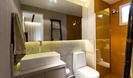 modern Bathroom by SESSO & DALANEZI
