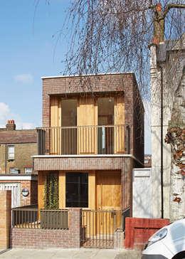 Maisons de style de style Scandinave par Satish Jassal Architects