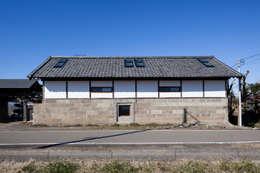 Projekty, klasyczne Domy zaprojektowane przez STUDIO POH