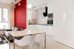 APARTAMENT NA SASKIEJ KĘPIE: styl , w kategorii Kuchnia zaprojektowany przez YNOX Architektura Wnętrz