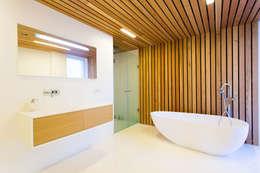 ห้องน้ำ by  Aleksandr Zhydkov Architect