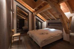 Dag Chamonix: Chambre de style de style Moderne par Chevallier Architectes
