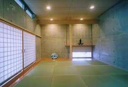 和室: 株式会社河口設計が手掛けた和室です。