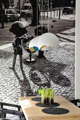 mieszkanie z Bolkiem i Lolkiem: styl , w kategorii Jadalnia zaprojektowany przez Projekt Kolektyw Sp. z o.o.