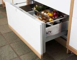 DESIGNMOB MOBİLYA İNŞ SAN DIŞ TİC LTD ŞTİ – POOL DESIGN: iskandinav tarz tarz Mutfak