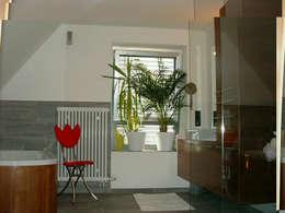 Projekty,  Łazienka zaprojektowane przez FayForArchitect