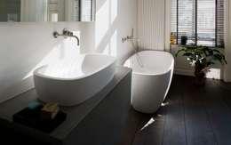 Projekty,  Łazienka zaprojektowane przez Schmidt Holzinger Innenarchitekten