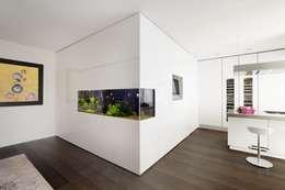 Projekty,  Kuchnia zaprojektowane przez Schmidt Holzinger Innenarchitekten