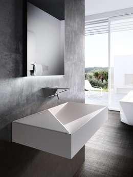 modern Bathroom by Un-real Studio Associato