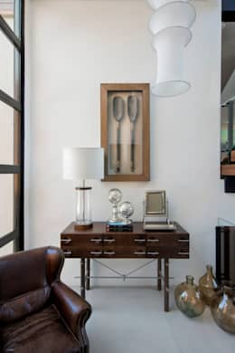 Salas de estilo moderno por Elmor Arquitetura