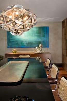 Comedores de estilo moderno por Elmor Arquitetura