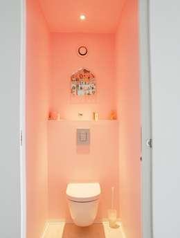 REHABILITATION APPARTEMENT: Salle de bains de style  par Martin Gasc