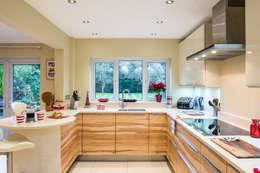 modern Kitchen by Raycross Interiors