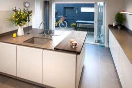 modern Kitchen by Haus12 Interiors