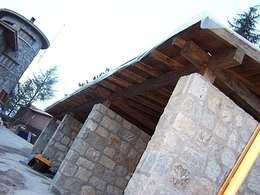Le tettoie per auto funzionali ed ecologiche for Costo per costruire pilastri di pietra