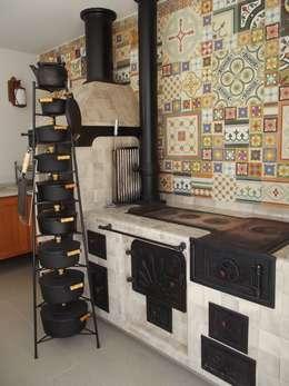 Terrazas de estilo  por Raquel Pelosi Arquitetura e Design Visual