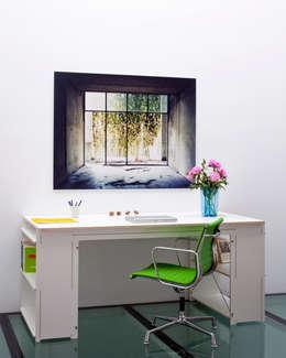Scene Desk: minimalistische Studeerkamer/kantoor door Studio Toon Welling