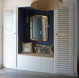 Pasillos y vestíbulos de estilo por MAAD Architectes