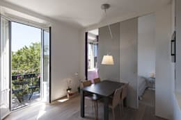 soggiorno: Soggiorno in stile in stile Moderno di Tommaso Giunchi Architect