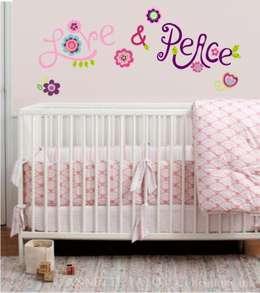 Dormitorios de bebé: Dormitorios infantiles  de estilo  por BY ANIMA
