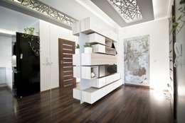 Apartament Cegielniana Kraków: styl , w kategorii Korytarz, przedpokój i schody zaprojektowany przez Novi art
