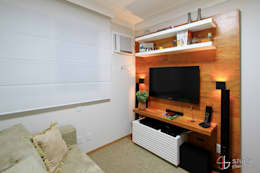 Salas multimedia de estilo ecléctico por Camila Tannous Arquitetura & Interiores