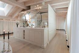 Baños de estilo ecléctico de STUDIO CERON & CERON