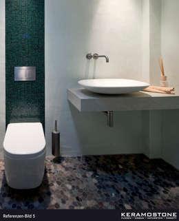 Baños de estilo moderno de Keramostone