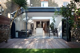 kitchen extension: modern Houses by Thomas & Spiers Architects