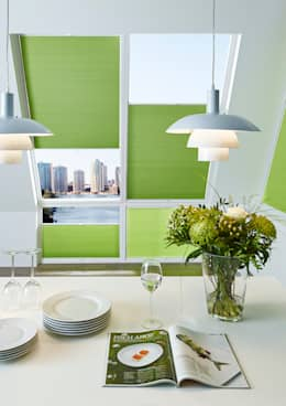 Puertas y ventanas de estilo moderno de erfal GmbH & Co. KG