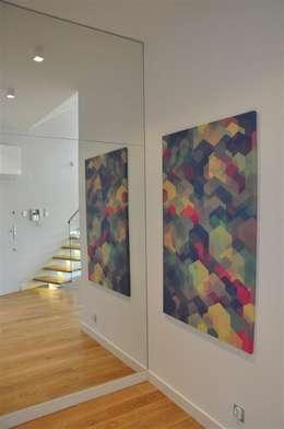 hall: styl , w kategorii Korytarz, przedpokój zaprojektowany przez Tarna Design Studio