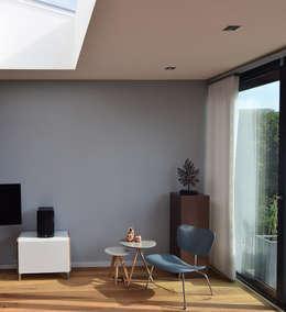 Uitbouw geeft woonkamer totaal andere uitstraling