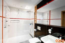 Męska łazienka: styl , w kategorii Łazienka zaprojektowany przez COCO Pracownia projektowania wnętrz