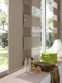 Flächenvorhänge von erfal: moderne Fenster & Tür von homify