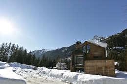 Chalet Piolet: Maisons de style de style Moderne par Chevallier Architectes