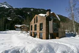 Chalet Piolet: Maisons de style de style Rustique par Chevallier Architectes