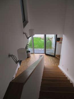 Corridor & hallway by bohnarchitektur