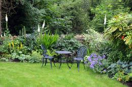 de estilo  por Susan Dunstall Landscape & Garden Design