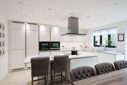 modern Kitchen by Urban Myth