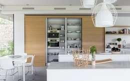 Кухни в . Автор – Nico Van Der Meulen Architects