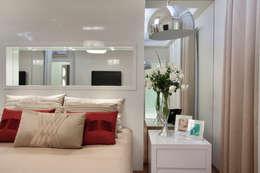 Apartamento Jatobá: Quartos  por Designer de Interiores e Paisagista Iara Kílaris