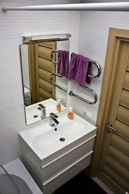 ванная: Ванная комната в . Автор – artemuma - архитектурное бюро