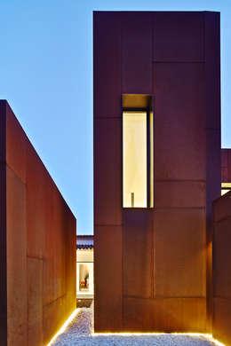 Casas de estilo minimalista por GRAS Arquitectos