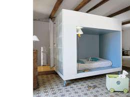 eclectic Nursery/kid's room by atelier julien blanchard architecte dplg