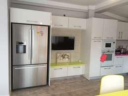 Vizyon mimarlık ve Dekorasyon – M&K.İ EVİ: modern tarz Mutfak
