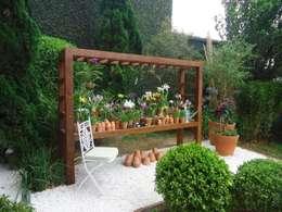 Jardin de style de style Classique par Línea Paisagismo.Claudia Muñoz