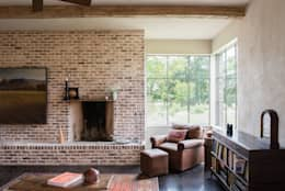 River Ranch Residence: country Living room by Hugh Jefferson Randolph Architects