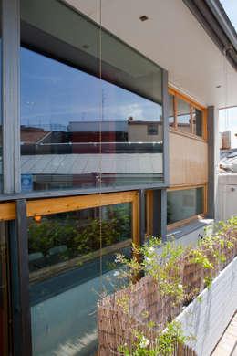 Maisons de style de style Industriel par Beriot, Bernardini arquitectos
