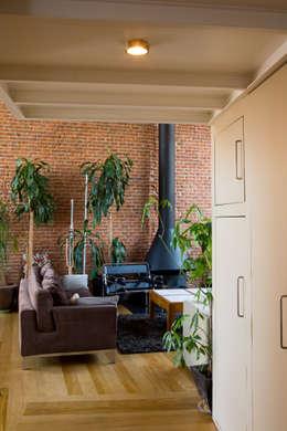 industrial Living room by Beriot, Bernardini arquitectos